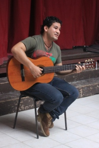 Carlos Javier Álvarez, trovador y miembro del CCAM