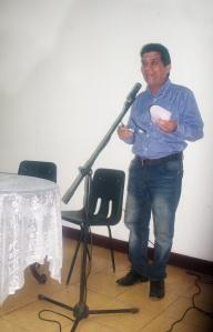 El poeta Reynaldo Garcìa Blanco tuvo a su cargo la presentación de la revista