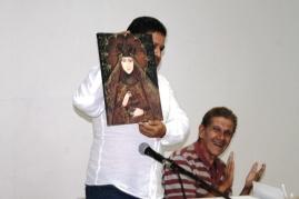 Cedeño recibió el reconocimiento de la parroquia Santísima Trinidad
