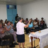 Mirta Clavería dirige una de las secciones del espacio cultural
