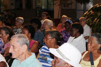 Público asistente al El Patio de los Sueños en su segundo aniversario. Foto: Joaquín Sellén