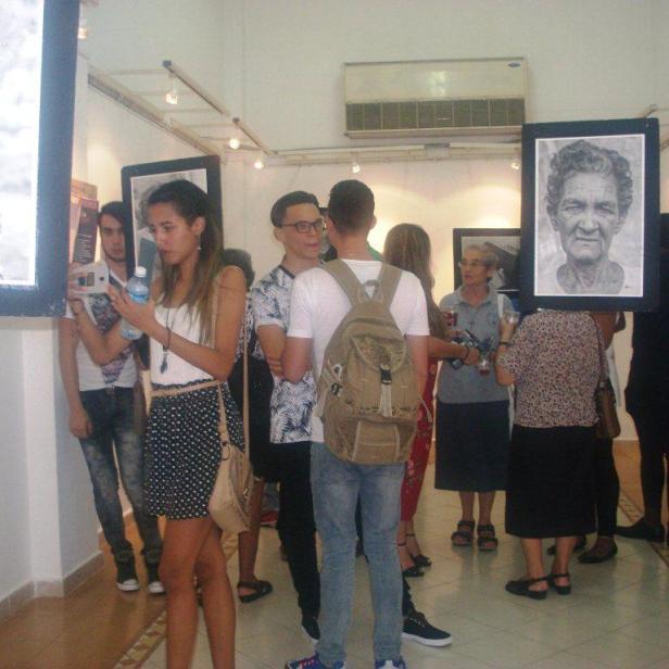 Público asistente a la inauguración de la expo. Foto: Mirtha Clavería
