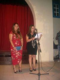 Belice y Luisa María durante la inauguración de la exposición. Foto: Mirtha Clavería