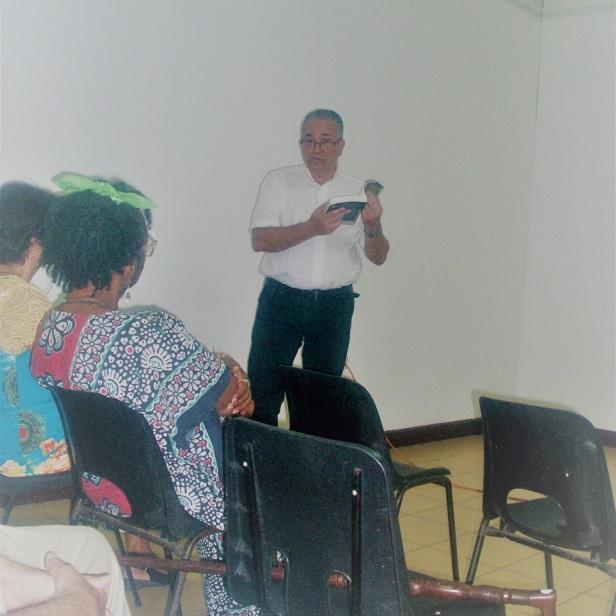 Juan Carlos Roque presentó el documental «Cartas de una madre» y el libro homónimo.Foto: Mirtha Clavería